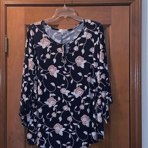 Avenus floral top 18/20 plus size